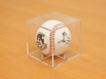 4_ball.jpg