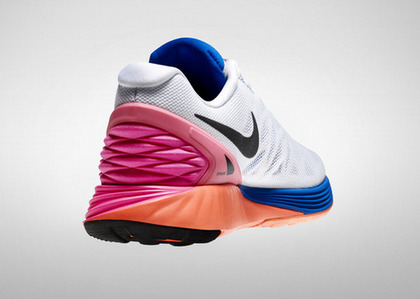 Nike_LunarGlide6_Womens_DynamicSupport_large-thumb-480x342-43123.jpg